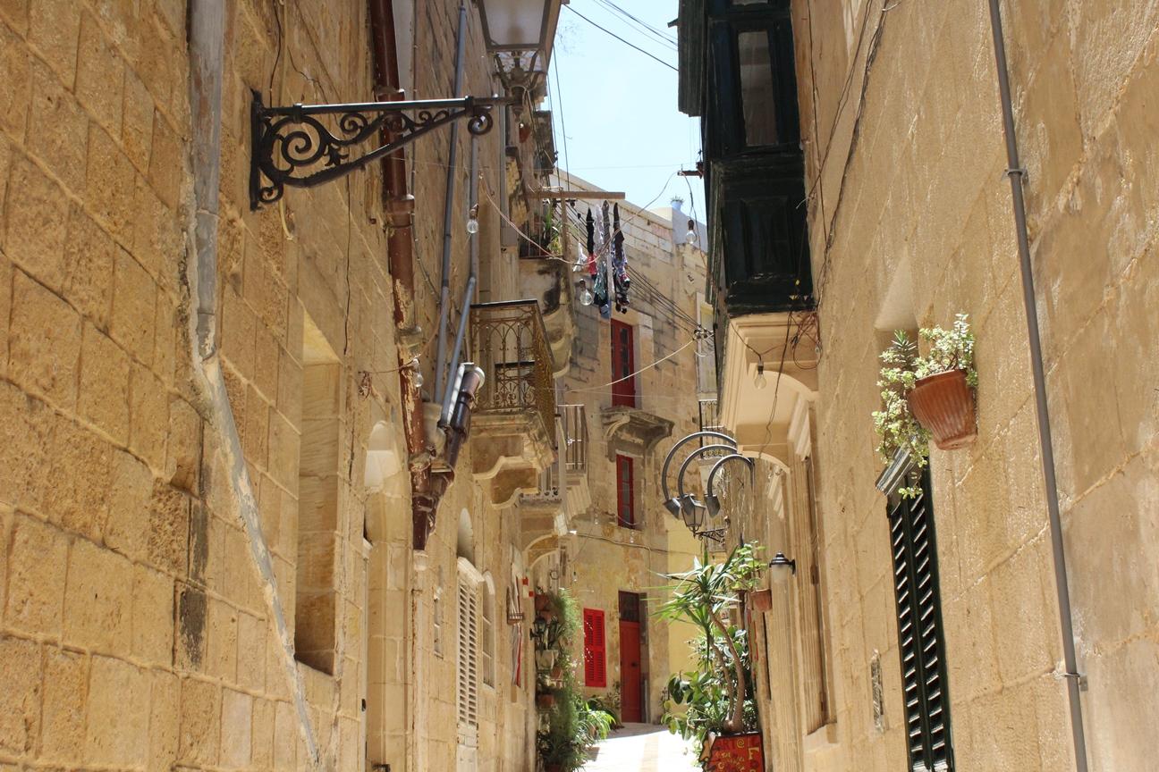 Birgu backstreets